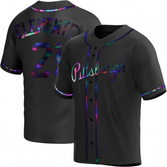 Youth Roberto Clemente Pittsburgh Black Holographic Replica Alternate Baseball Jersey (Unsigned No Brands/Logos)